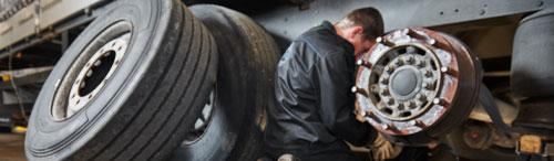 Reparaturen-aller-Art-lkw-grimmen-autocenter-Lastkraftwagen1