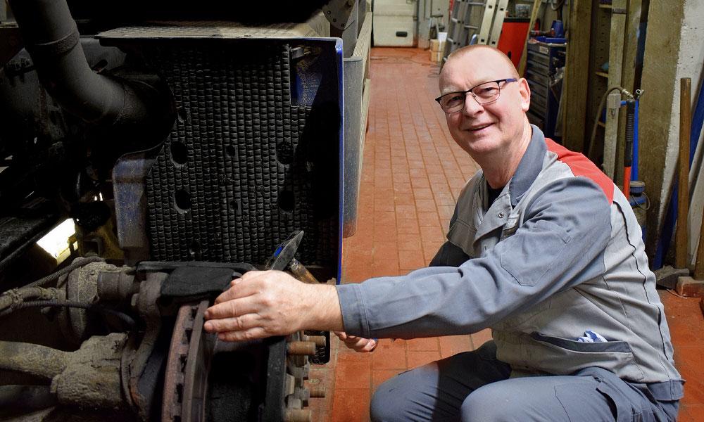 acg-kuehlfahrzeuge-reparatur-HU-TueV-Verkauf-Neuwagen-Transporter
